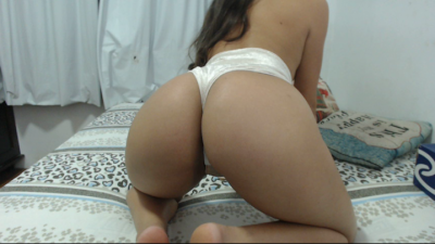 Live Webcam chat with chryssnovinhaa