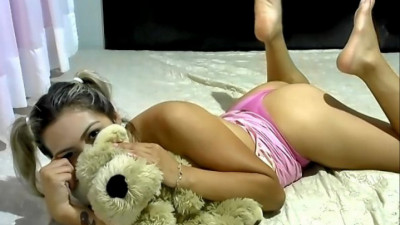 Live Webcam chat with lu fernandez