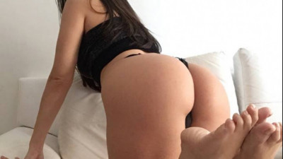 Live Webcam chat with Laurinha