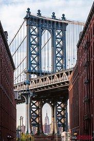 Manhattan bridge architecture, New York city, USA