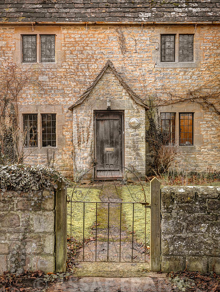 Front yard of old cottage in Siddington,  Cotswold, UK