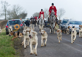 The Quorn hounds arrive at the meet