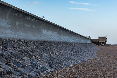 Sea wall Frinton