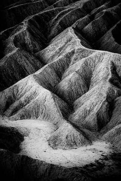 3491-Zabriskie_Point_Death_Valley_National_Park_USA_2014_Laurent_Baheux