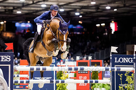 Bordeaux, France, 2.2.2018, Sport, Reitsport, Jumping International de Bordeaux - . Bild zeigt Daniel DEUSSER (GER) riding Cassini Bay (5*)...2/02/18, Bordeaux, France, Sport, Equestrian sport Jumping International de Bordeaux - . Image shows Daniel DEUSSER (GER) riding Cassini Bay (5*).