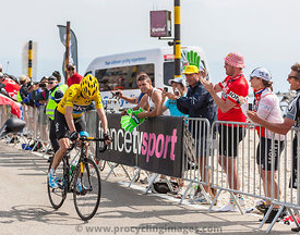 Yellow Jersey on Mont Ventoux - Tour de France 2013