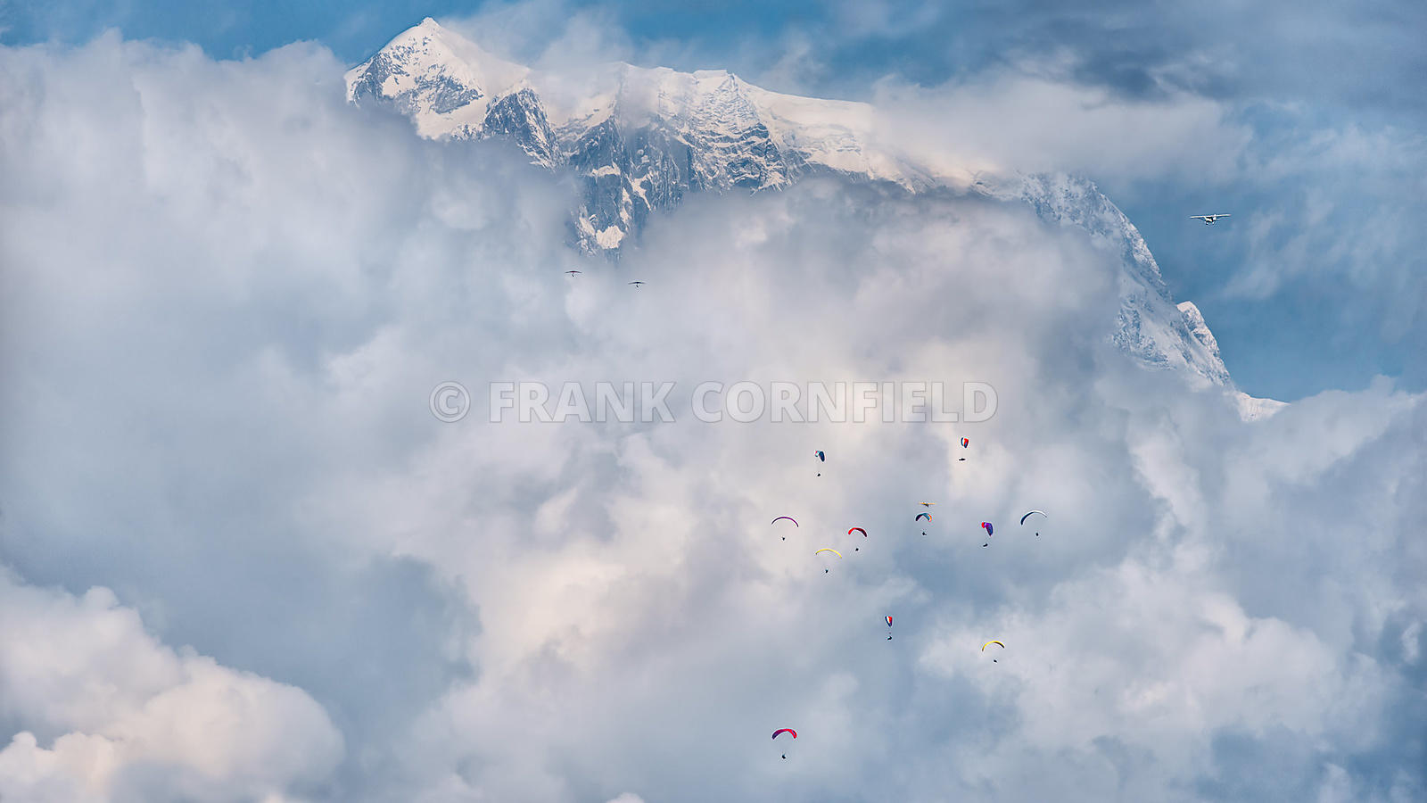 People in the sky, Pokhara, Nepal.