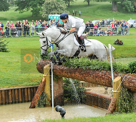 Harry Meade and AWAY CRUISING - CCI***
