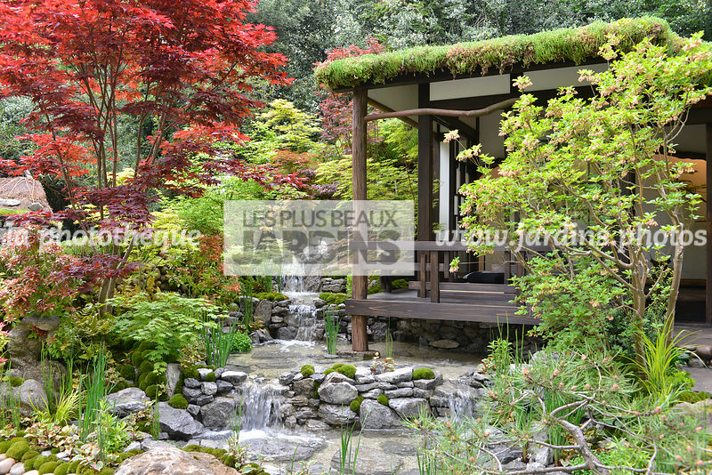 la phototh que les plus beaux jardins jardin style japonais jardin zen kiosque japonais. Black Bedroom Furniture Sets. Home Design Ideas