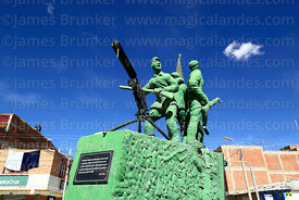 Monument to soldiers who took part in the Chaco War in 1930s, Av Ferroviaria, Uyuni, Bolivia