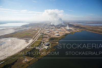 Syncrude Oil Refinery, Athabasca Oilsands