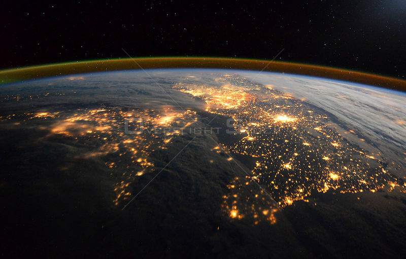 Tim Peake sends amazing night photo of English Channel