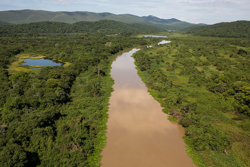 Aerial view of the Pantanal around the Rio Paraguay or Paraguay River, at the end of the dry season, Brazil. November.