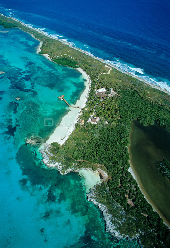 Aerial view of visitors center, Contoy Island National Park, Mesoamerican Reef System, near Cancun, Caribbean Sea, Mexico, January