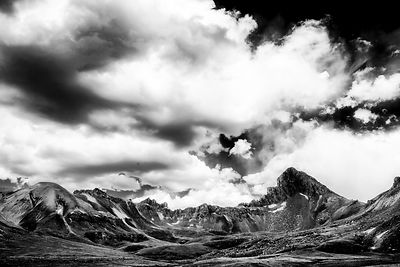 Wetterhorn_Basin_Black_and_White
