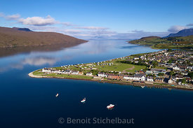 Royaume-Uni, Ecosse, Highland, Ross and Cromarty,  Ullapool (vue aérienne)