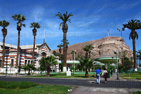 Former customs house, El Morro headland in background, Arica, Region XV, Chile