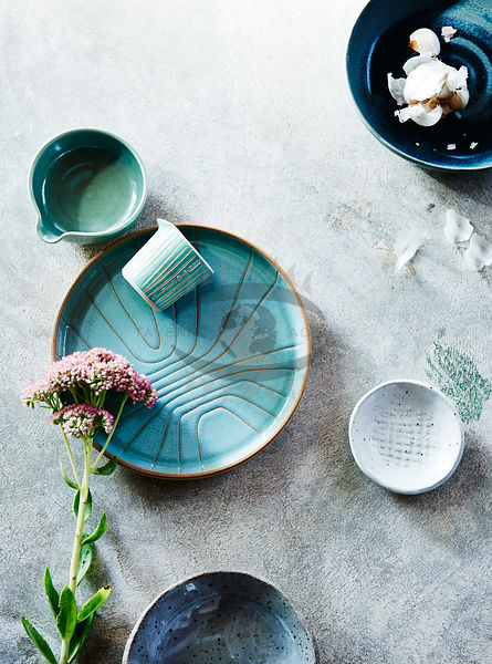 modern rustic tablesettings Photos