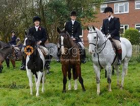 - The Cottesmore Hunt meet at Oak House, Tilton On The Hill, Saturday 31st October 2015.