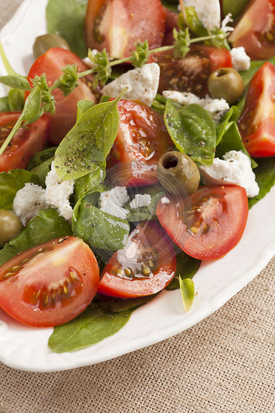Fresh tomato, spinach and cheese salad