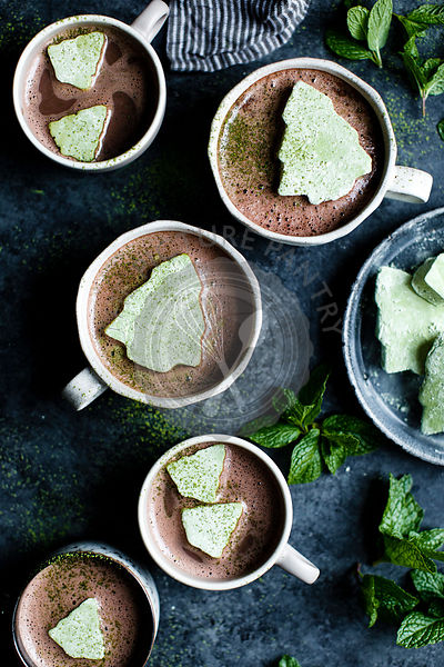 Green Matcha marshmallows on fresh mint hot cocoa
