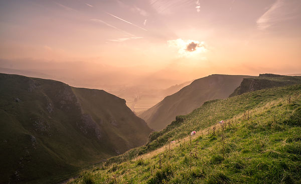 Autumn morning at Winnats Pass