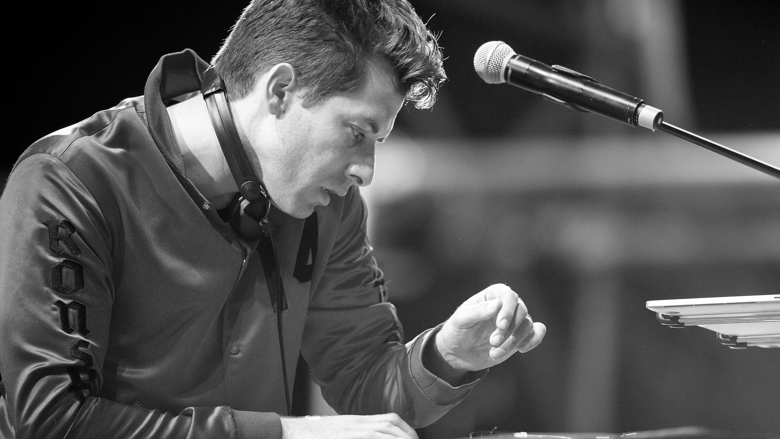 Mark Ronson DJ Set - Victorious Festival 2016