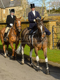 arriving at The Cottesmore meet at Priory Farm