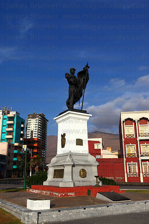 Statue of General Arturo Prat, Plaza 21 de Mayo , Iquique , Region I , Chile