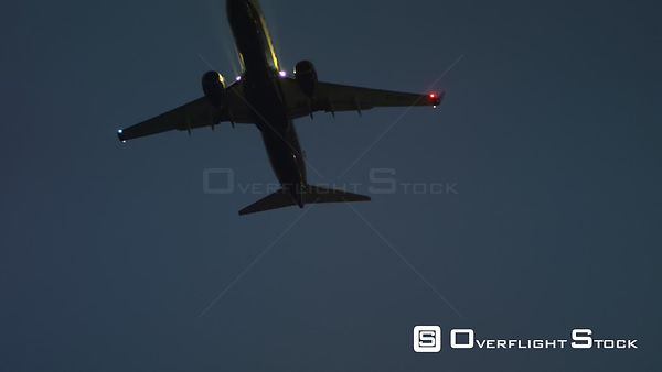 LS TS LA night, twin turbine aircraft in flight, RED R3D 4K, Boeing 737800 Malaga Spain -- Available in HD and 4k -- 3840 x 2160 - 956.4 MB - QuickTime Movie - Apple ProRes 4444 - 125.8 MB/sec - 25fps --