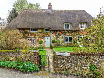 Old cottage in Steep village, Hampshire, UK