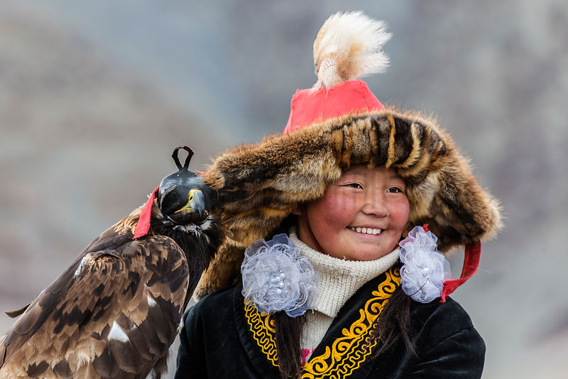 Aisholpan, Nomadic Kazakh Eagle Huntress