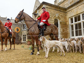 Huntsman and hounds at Exton Hall