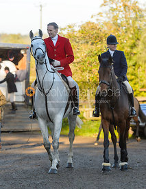 Joss Hanbury, Nicky Hanbury at the meet at Ingarsby Hall 27/10