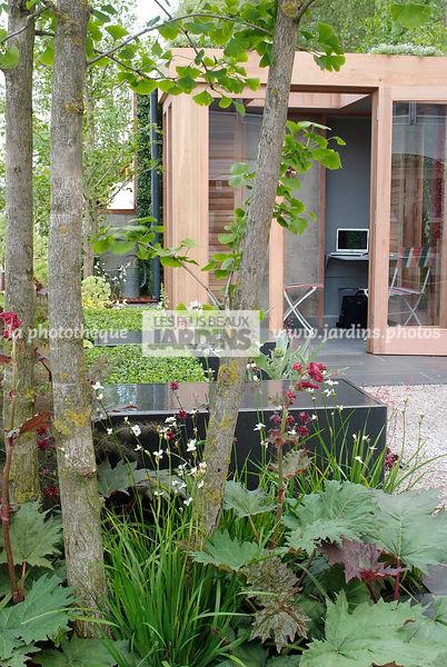 la phototh que les plus beaux jardins abri de jardin jardin design jardin contemporain. Black Bedroom Furniture Sets. Home Design Ideas