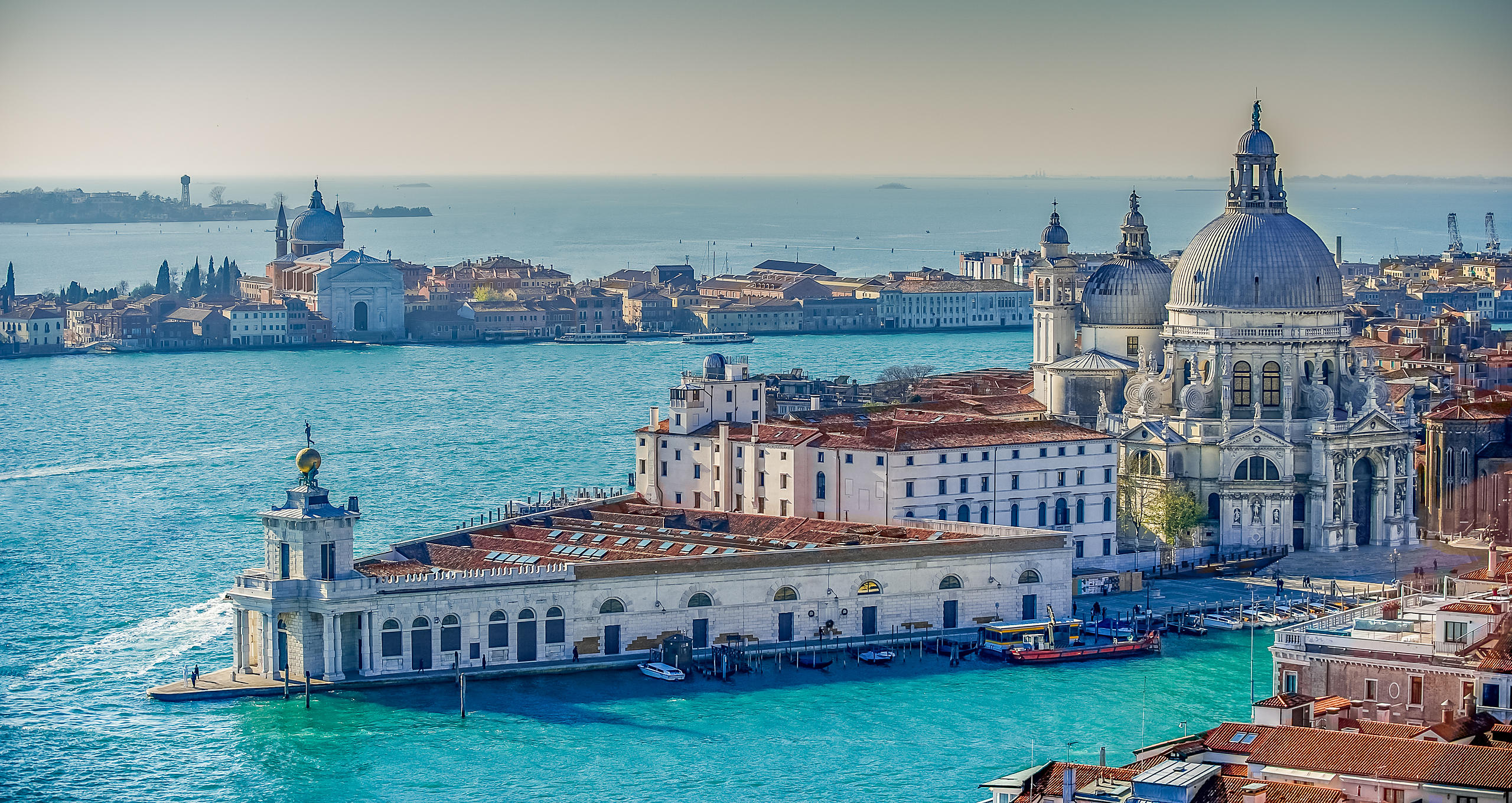 Arial View of the Santa Maria della Salute & Dogona de Mar, with Giudecca Peninsular in the Background