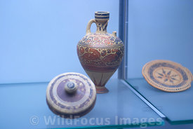 041019C-079-TM-Punic_Pottery