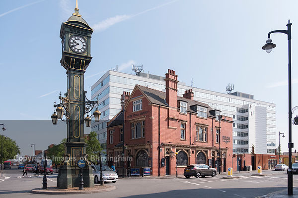 The Jewellery Quarter Clock and Rose Villa Tavern, The Jewellery Quarter of Birmingham, England