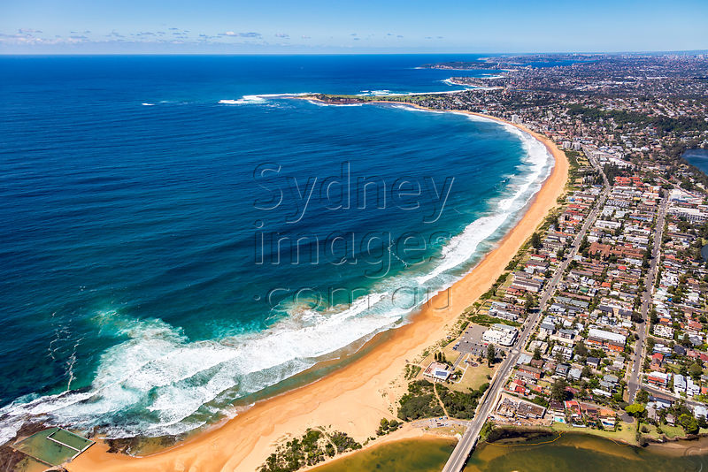 North Narrabeen Looking South