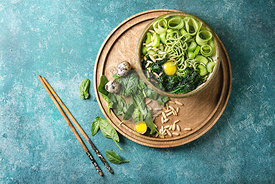 Green noodles bowl