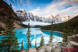 Moraine lake in autumn, Banff National Park, Canada