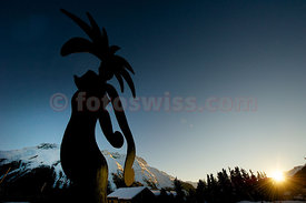 Stefan Szczesny exhibits sculptures at the Kulm Park in St. Moritz