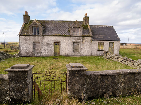Abandoned Croft (Fam) House