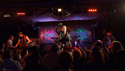 Deloreans at Boathouse Live photos
