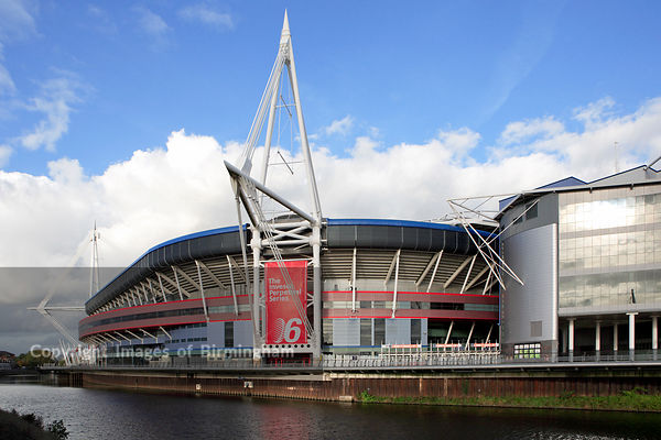 The Wales Millennium Stadium and Millennium Plaza in Cardiff.  Home of Welsh Rugby.  Alongside the River Taff. Cardiff, Wales, Cymru, UK
