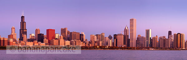 Panoramic view of the Chicago skyline at sunrise, Chicago, Illinois, USA.