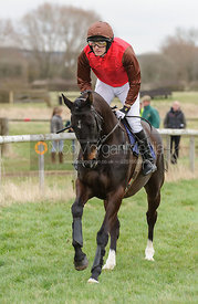 Cantering to the start - Midlands Members - Cottesmore at Garthorpe