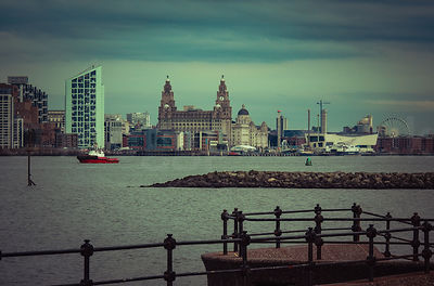 Liverpool Waterfront & Cityscape photos
