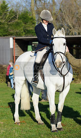 Lucinda Henderson - Belvoir Hunt at Grange Farm, Scalford 8/12