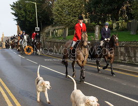 Mounted followers leave Uppingham